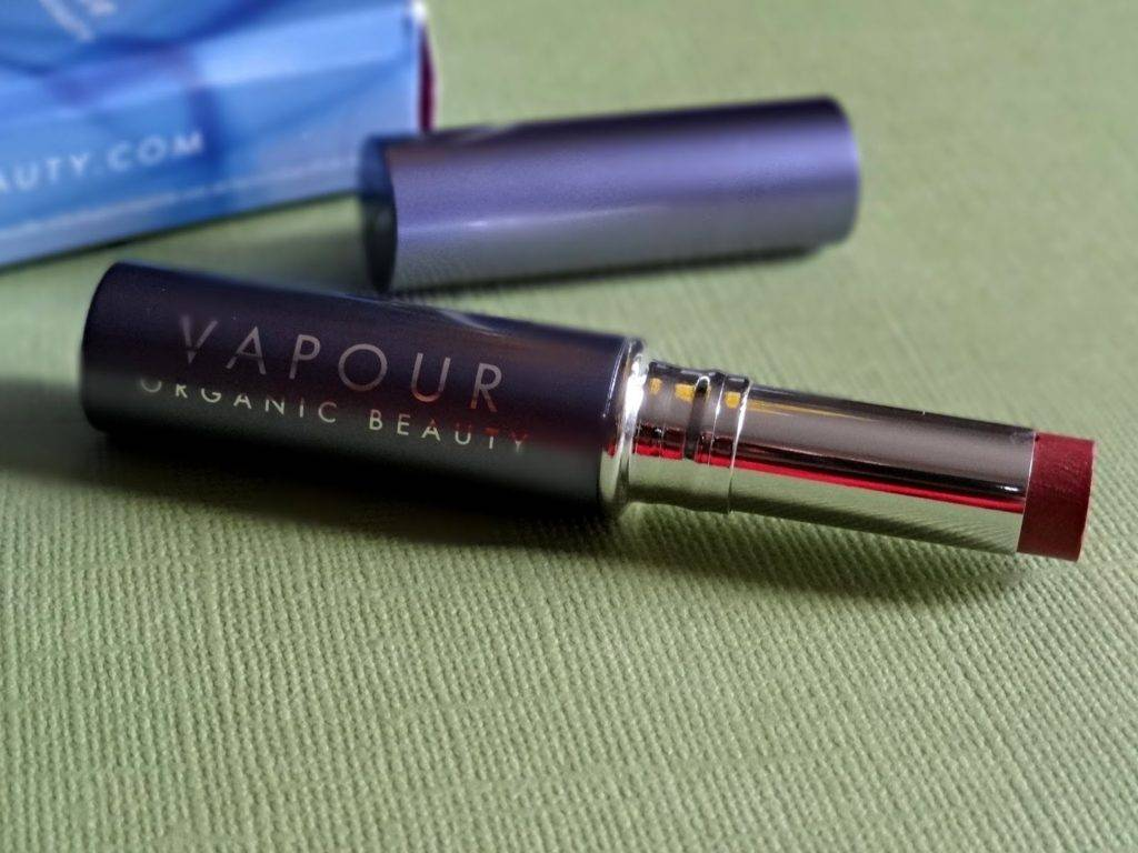 Vapour Organic Beauty Siren Lipstick in Tempt-002
