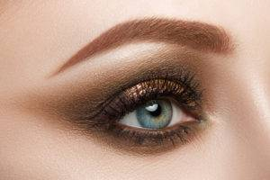Lionesse-Best-Eyeshadows-to-Help-Enhance-your-Eye-Color-Blue